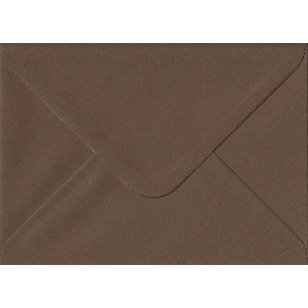 100 C6/A6 Brown Envelopes. Chocolate Brown. 114mm x 162mm. 100gsm paper. Extra Value MultiPack.