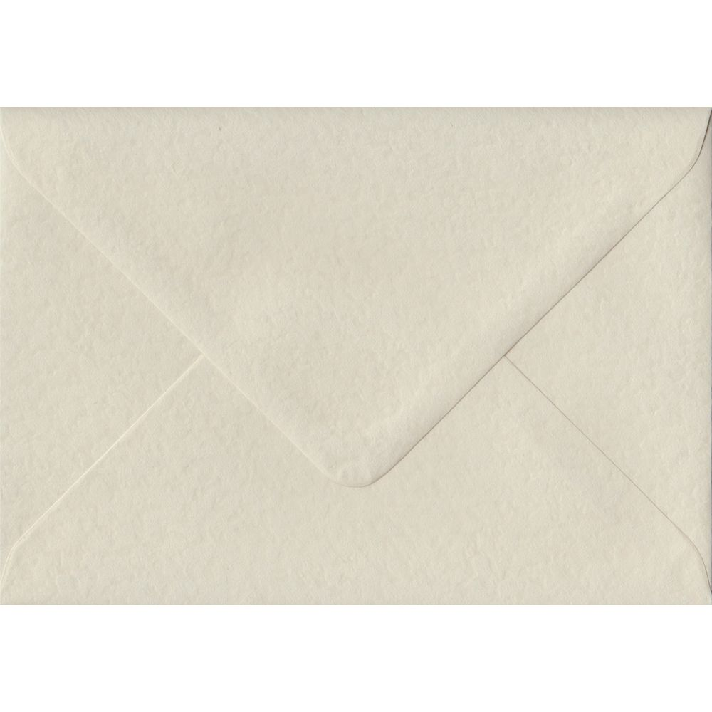 100 C6/A6 Cream Envelopes. Ivory Hammer. 114mm x 162mm. 100gsm paper. Extra Value MultiPack.
