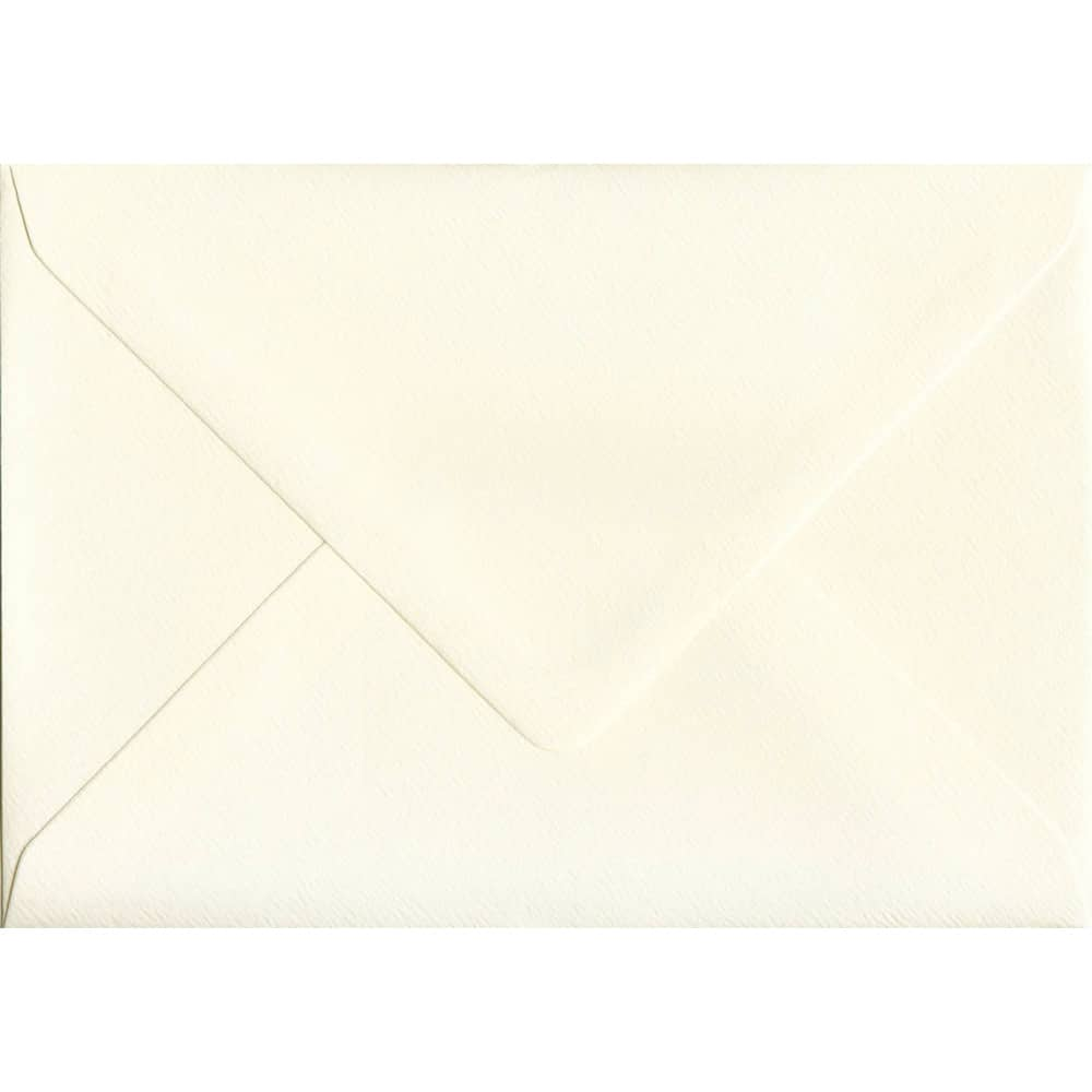 114mm x 162mm Magnolia Cream Gummed C6/A6 100gsm Envelope