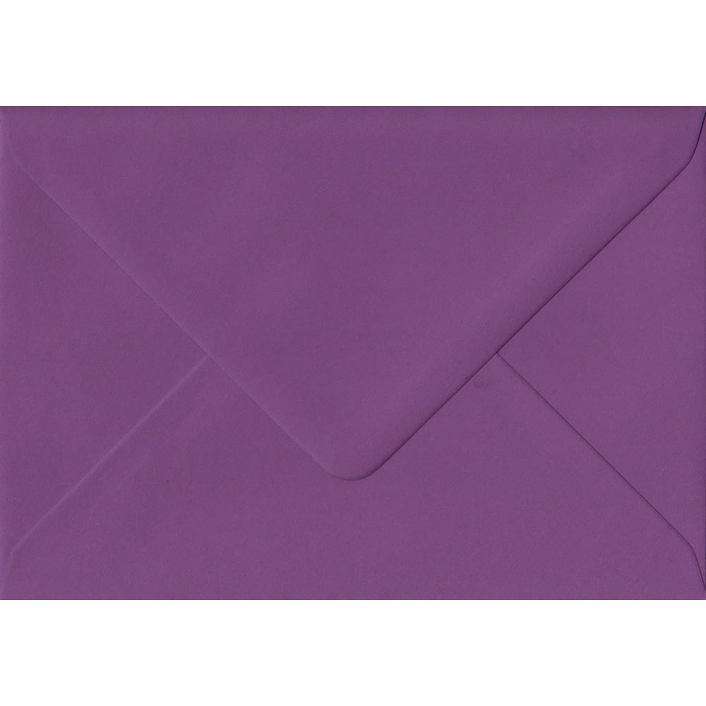 100 C6/A6 Purple Envelopes. Purple. 114mm x 162mm. 100gsm paper. Extra Value MultiPack.
